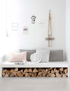 Seating and firewood storage combined to save space in a modern Nordic living room. Decor, Gravity Home, Room Inspiration, Home And Living, Interior, Home Decor, House Interior, Room Decor, Home Deco