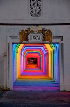 Bill FitzGibbons' rainbow light installation entitled 'LightRails' is a gorgeous art piece that turns an ordinary tunnel into a rainbow. The installation is set up on the underpass at 18th Street in Birmingham, Alabama. This permanent installation is meant to introduce this talented American artist to the local community and draw people to this intriguing new art piece in the city.   To Read More.... http://www.trendhunter.com/trends/rainbow-light