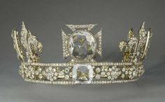 Queen Mary's circlet.