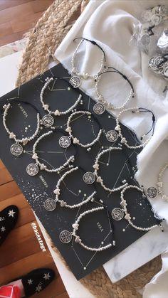 Signos de zodiaco Shoulder Bag, Bangle Bracelets, Accessories, Shoulder Bags