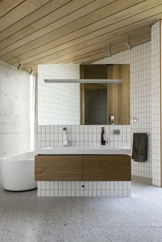 This would make a great prominent double basin set, I like that the bath is in view but doesn't dominate!