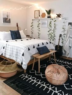 Essential steps to awesome modern bohemian bedroom decor ideas 28 Small Bedroom Ideas Awesome Bedroom Bohemian Decor Essential Ideas Modern Steps Cheap Bedroom Makeover, Cheap Bedroom Ideas, Bohemian Bedroom Decor, Bedroom Inspo, Boho Decor, Black Bedroom Decor, Simple Bedroom Decor, 70s Decor, Bohemian Room