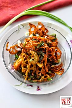 Fried Lotus Root With Spring Onion  Mild salty and aromatic crispy chips.