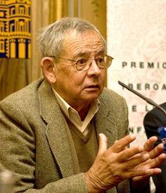 Juan Farías, escritor español.