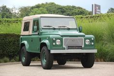 Landrover Defender, Defender 90, Range Rovers, Ford Bronco, Offroad, Garage, Trucks, Cars, Top