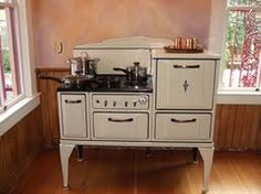 These 1940s kitchen ranges were really cool. From what I've seen, they're also verrrry expensive to procure these days.