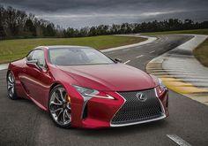 Lexus presentó el LC 500, una coupé de lujo con un estilo excepcional y una ingeniería innovadora que marca el inicio de una nueva era de la firma.