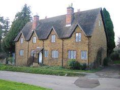 Keith & Susannah's House in Farnborough by Ade46, via Flickr