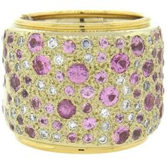 Preowned Pomellato Massive Sabbia Pink Sapphire Diamond Gold Wide Band... (€5.740) ❤ liked on Polyvore featuring jewelry, rings, pink, pre owned diamond rings, 18k gold ring, pink gold rings, pink sapphire ring and 18 karat gold ring