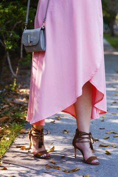 Craving Coral: New outfit post on the blog now at www.alicemarieh.com #springstyle #dresses #anntaylor #loft