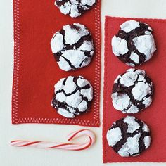 Chocolate espresso snowball cookies. These cookies look like little snow-covered mountains. Roll each ball in confectioners' sugar twice to make sure it's thoroughly coated and no dark dough is visible.