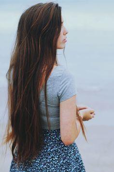long brown hair//Le Redux