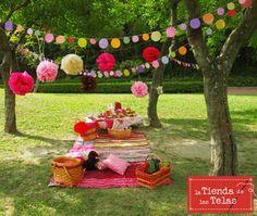 Planifica un #picnicdivertido, a los niñ@s le encantan, y ... admitámoslo a nosotros tb!! Emoticón smile Confecciona tus propios manteles con nuestros #tejidos para #mantelería desde 4,99€/m.