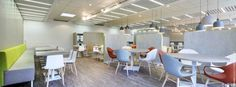 AFASEC - Chantilly Réaménagement du restaurant d'entreprise ©BleuVertConcepts #BleuVertConcepts #RestaurantDesign #CafeteriaDesign ©StéphaneDurieu