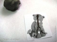 Modélisation Master class: Faire ours en peluche à partir de pâte polymère plastique. Photo 4 Polymer Resin, Polymer Clay Figures, Tatty Teddy, Biscuit, Pasta Flexible, Clay Tutorials, Kawaii, Fondant, Dinosaur Stuffed Animal