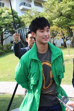 Beanpole Outdoor fansign 120512  #KimSooHyun #김수현