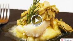 Il baccalà con purè e carciofi è un secondo piatto di pesce con contorno ideale per le feste di Natale ma non solo. Il baccalà &egra