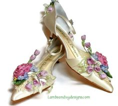 Bride's Princess Novia  Quinceanera Flower by lambsandivydesigns, $165.00