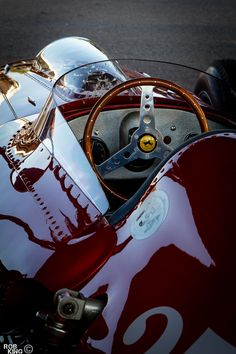 Goodwood Revival 2012 - Ferrari, photo by Robert King