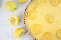 Zitronentarte: Einfach der Wahnsinn! - Dinner4Friends Quiche, Kiss The Cook, Sweet Bakery, Omelette, Lemonade, Camembert Cheese, Nom Nom, Sweet Home, Sweets