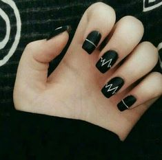 Elegant Black And White Nail Art Designs You Need To Try; Elegant Black And White Nail Art Designs; Elegant Black And White Nail; Black And White Nail; Black And White Nail Art Designs; Black Nail Designs, Simple Nail Designs, Awesome Nail Designs, Creative Nail Designs, Creative Nails, Fun Nails, Pretty Nails, Valentine Nail Art, Black Nail Art