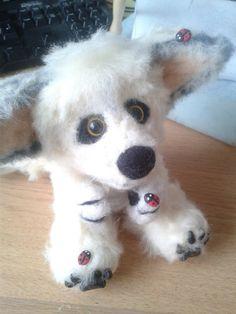 7.Custom Artic Fox Needle felt/ sculpt/ keepsake