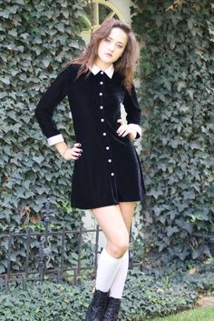 Black velvet lolita Wednesday Adams dress~ ooh, I love this!