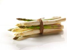 Frittata met groene asperges en krulsla