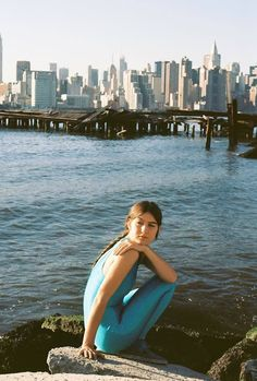 """Enjoy now """"Do you need my love"""", the new track of Weyes Blood (Natalie Mering). A piece from the upcoming album """"Front Row Seat To Earth"""" available next Oct """"Seven words"""", was the first single from the artist's upcoming record. Check both tracks just. Julia Jacklin, Julia Holter, Angel Olsen, Blood Photos, Ocean Video, Indie Pop, News Track, Female Singers, Latest Music"""
