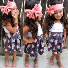 Hair accessories on little girls = adorbs