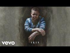 Rag'n'Bone Man pubblica il nuovo singolo dopo Human, si intitola #Skin e puoi ascoltarlo qui.  #RagnBoneMan