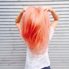 15 Ideas For Nails Pink Orange Peach Hair Pink Peach Hair, Peach Hair Colors, Hair Color Blue, Cool Hair Color, Orange Pink, Coral Hair, Hair Colours, Blorange Hair, Carmel Hair Color