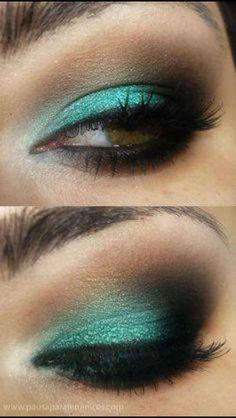 Ojos con verde turquesa