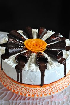 Lussi`s World of Artcraft: Най-вкусната : Бисквитена торта с маскарпоне и праскови / The Best ever : Cookie cake with Mascarpone and Peaches