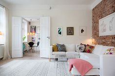 White double doors, off white wall coloring