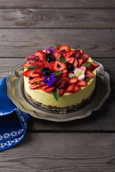 lamaie mic 9 Vegan Catering, Raw Vegan, Cheesecake, Desserts, Food, Tailgate Desserts, Deserts, Cheesecakes, Essen