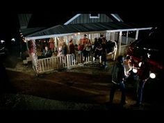 ▶ Blake Shelton - Boys 'Round Here feat. Pistol Annies & Friends (Official Music Video) - YouTube