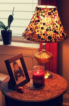 DIY ~ Button Lamp Shade. (This would be so cute for a sewing room. Add beaded fringe around the bottom)