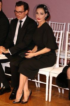 Celeb Diary: Dita Von Teese @ Alexis Mabille Spring/Summer 2013 Haute-Couture show Burlesque, Pin Up Style, My Style, Couple Style, Vintage Beauty, Vintage Fashion, Dita Von Teese Style, Dita Von Tease, Idda Van Munster