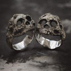 61 Amazing Zales Skull Ring - The Jewelry Skull Jewelry, Gothic Jewelry, Jewelry Rings, Jewelry Accessories, Jewelry Design, Skull Rings, Silver Skull Ring, Steampunk Accessories, Western Jewelry
