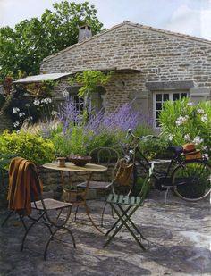 comment aménager son jardin japonais avec des arbustes exotiques, des ...