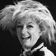 Comedy Godmother Phyllis Diller on What Every Comedian Needs and How a Great Joke Works | Brain Pickings