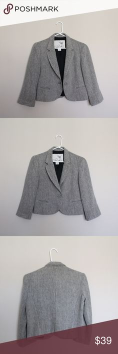 Anthro Tabitha Tan 7/8 Sleeve Cropped Blazer Anthropologie one button tan / cream blazer with a black undertone. Linen cotton blend. Sleeves hit a little above the wrist Would be great with a pencil skirt or a high waisted pant. In EUC. Anthropologie Jackets & Coats Blazers