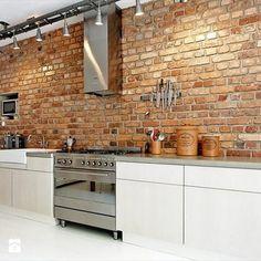 Exposed brick wall more arquitetura, cozinha de tijolos, revestimento cozin Exposed Brick Kitchen, Brick Wall Kitchen, Exposed Brick Walls, Kitchen Backsplash, New Kitchen, Kitchen White, Kitchen Modern, Brick Bathroom, Red Brick Wallpaper Kitchen