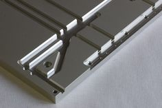 アルミ加工 マシニング加工 | 製作実績 | 機械加工 野方電機工業 (金属加工・樹脂加工)