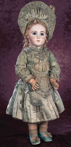 Auction Report:The Madame Petyt Collection of Antique Dolls