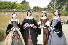 """What Did A Noble Tudor Lady Wear?"", by Zarrina Bull of 'Tudor Gowns': http://onthetudortrail.com/Blog/2013/12/09/what-did-a-noble-tudor-lady-wear/"