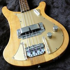 Rickenbacker 4000 bass, circa 1957 This would be pretty sweet I must say. Rare Guitars, Vintage Guitars, Rickenbacker Guitar, Bass Guitar Lessons, Submarines, Electric Guitars, Cool Guitar, Music Stuff, Acoustic Guitar
