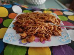 Spaghetti, Ethnic Recipes, Food, Steak Pasta, Essen, Meals, Yemek, Noodle, Eten