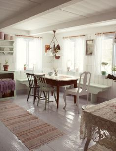 Living room - Vintage table and chairs - Roser & Patina